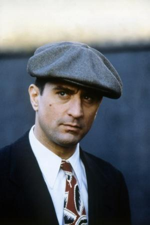 ONCE UPON A TIME IN AMERICA, 1984 directed by SERGIO LEONE Robert by Niro (photo)