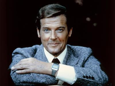 MOONRAKER, 1978 directed by LEWIS GILBERT Roger Moore (photo)