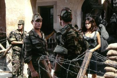 Les Centurions LOST COMMAND by MARK ROBSON with Alain Delon and Claudia Cardinale, 1966 (photo)