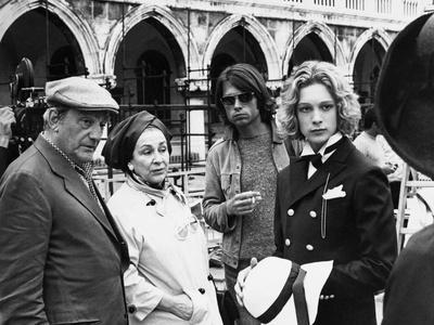 MORTE A VENEZIA / MORT A VENISE, 1971 directed by LUCHINO VISCONT On the set, Luchino Visconti and