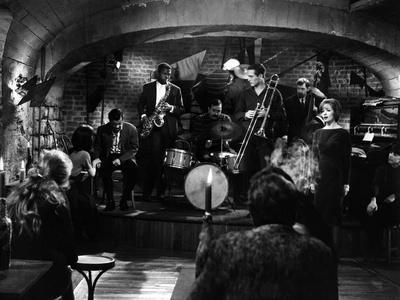 PARIS BLUES, 1961 directed by MARTIN RITT Serge Reggiani, Sidney Poitier, Moustache and Paul Newman