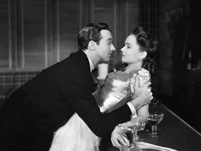 MILDRED PIERCE, 1945 directed by MICHAEL CURTIZ Zachary Scott and Ann Blyth (b/w photo)