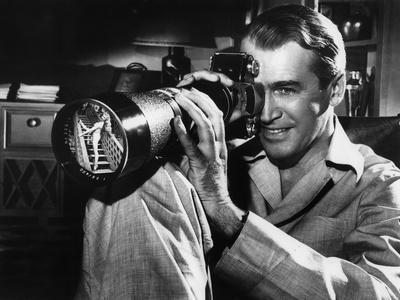 REAR WINDOW, 1954 directed byALFRED HITCHCOCK James Stewart (b/w photo)