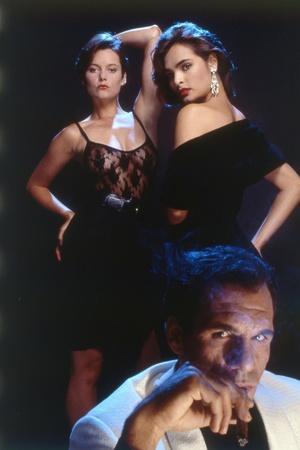 LICENCE TO KILL, 1989 directed by JOHN GLEN Carey Lowell, Talisa Soto and Robert Davi (photo)