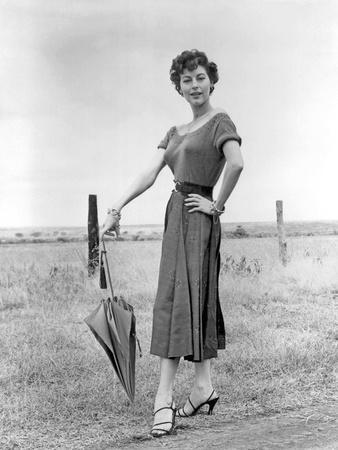 MOGAMBO, 1953 directed by JOHN FORD Ava Gardner (b/w photo)