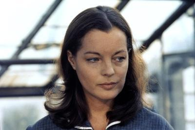 PORTRAIT by GROUPE with DAME, 1976 directed by ALEKSANDER PETROVI Romy Schneider (photo)