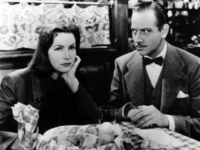 NINOTCHKA, 1939 directed by ERNST LUBITSCH Greta Garbo / Melvyn Douglas (b/w photo)