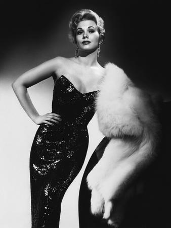 PUSHOVER, 1954 directed by RICHARD QUINE Kim Novak (b/w photo)