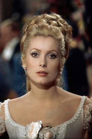 MAYERLING, 1968 directed by TERENCE YOUNG Catherine Deneuve (photo)