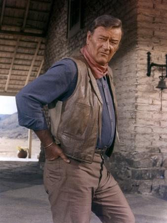 Les Voleurs by Trains THE TRAIN ROBBERS by BurtKennedy with John Wayne, 1973 (photo)