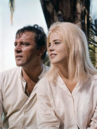 La Nuit by l'iguane THE NIGHT OF THE IGUANA by John Huston with Richard Burton and Sue Lyon, 1964 (