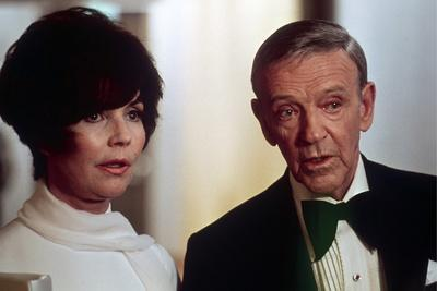 La Tour Infernale THE TOWERING INFERNO by JohnGuillermin with Jennifer Jones and Fres Astair, 1974