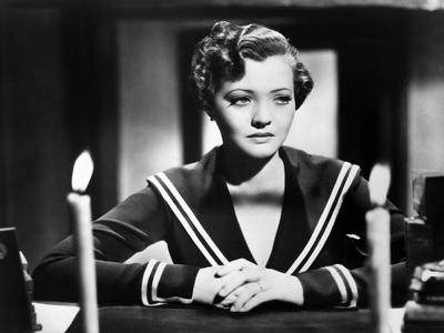 SABOTAGE, 1936 directed by ALFRED HITCHCOCK Sylvia Sidney (b/w photo)