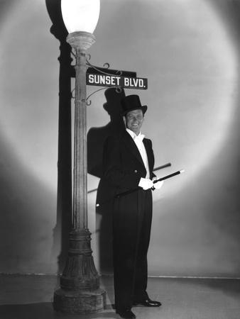 Boulevard du crepuscule SUNSET BOULEVARD by BillyWilder with William Holden, 1950 (b/w photo)