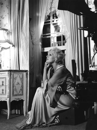THE NOTORIOUS LANDLADY, 1961 DIRECETD BY RICHARD QUINE, script Blake Edwards, On the set, Kim Novak