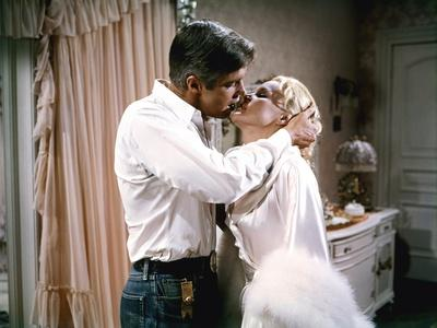 Les Ambitieux THE CARPETBAGGERS by Edward Dmytryk with George Peppard and Carroll Baker, 1964 (phot