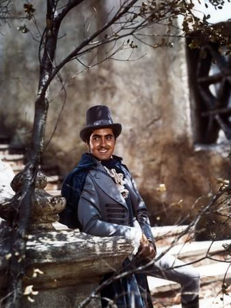 THE MARK OF ZORRO, 1940 directed by ROUBEN MAMOULIAN Tyrone Power (photo)