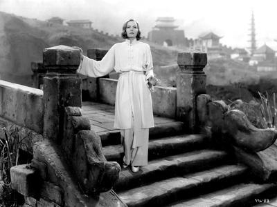 Le Voile des illusions THE PAINTED VEIL by Richard Boleslawski with Greta Garbo, 1934 (b/w photo)