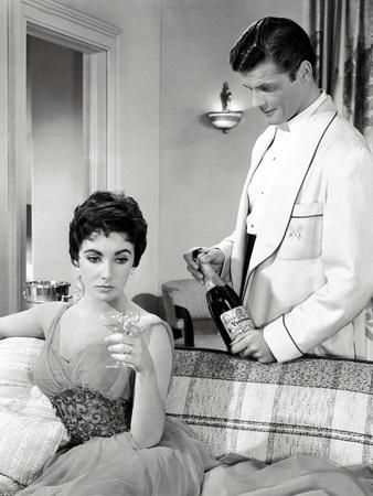 THE LAST TIME I SAW PARIS, 1954 directed by RICHARD BROOKS Elizabeth Taylor / Roger Moore (b/w phot