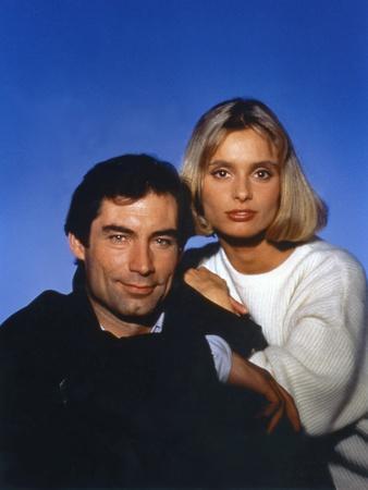 The Living Daylights by John Glen with Timothy Dalton (James Bond 007), Maryam D'Abo, 1987 (photo)
