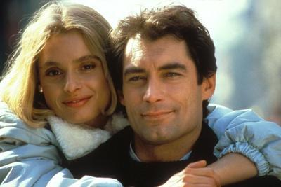 Tuer n'est pas Jouer THE LIVING DAYLIGHTS by John Glen with Maryam D'Abo and Timothy Dalton, 1987 (