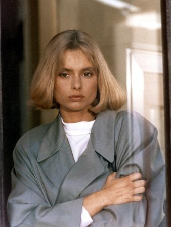 Tuer n'est pas Jouer THE LIVING DAYLIGHTS by John Glen with Maryam D'Abo, 1987 (photo)