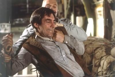 Tuer n'est pas Jouer THE LIVING DAYLIGHTS by John Glen with Andreas Wisniewski and Timothy Dalton,