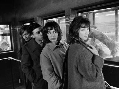 LES BONNES FEMMES (The Good Times Girls) by Claude Chabrol with Stephane Audran, Claude Berry, Bern
