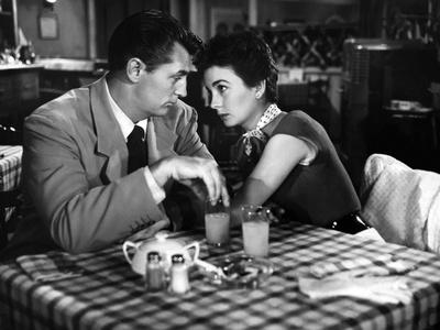 Belle mais dangereuse (She Couldn't Say No) by Lloyd Bacon with Robert Mitchum, Jean Simmons, 1954