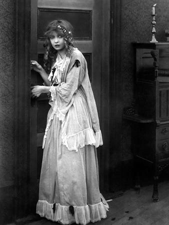 Naissance d'une nation The Birth of a Nation by D.W. Griffith with Dorothy Gish (1898 - 1968)., 191