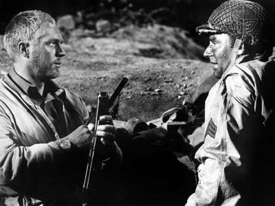L'enfer est pour les heros Hell Is for Heroes by Don Siegel with Steve McQueen and Harry Guardino,