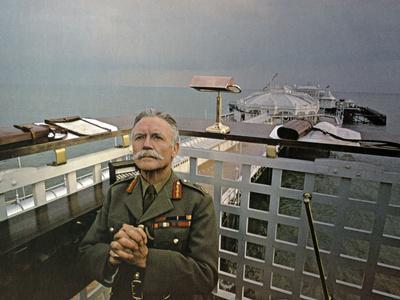 Ah! Dieu que la guerre est jolie (OH! WHAT A LOVELY WAR) by Richard Attenborough, d'apres une piece