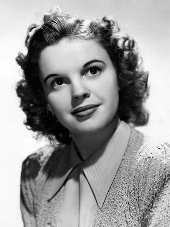 Chanteuse Americanine Judy Garland (1922 - 1969), here 1938 (b/w photo)