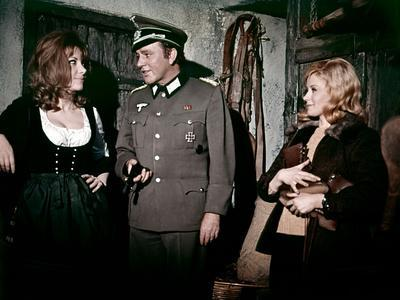 Quand les aigles attaquent WHERE EAGLES DARE by BrianHutton with Ingrid Pitt, and Richard Burton an