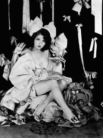 L'actrice americaine Clara Bow (1905- 1965) (b/w photo)