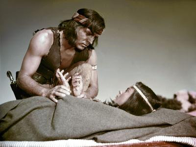 Bronco Apache, APACHE, by RobertAldrich with Burt Lancaster and Jean Peters, 1954 (photo)