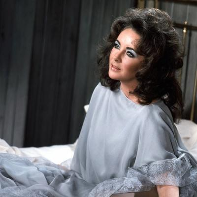 Under Milk Wood by Andrew Sinclair with Elizabeth Taylor, 1972 (photo)