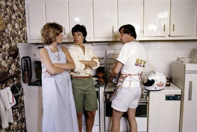 La frisee aux lardons by AlainJaspard with Flore Fitzgerald, Bernadette Lafont and Bernard Menez, 1