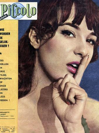 Bernadette Lafont faisant la Une d un magazine allemand Piccolo Show du 11 decembre, 1960 (photo)