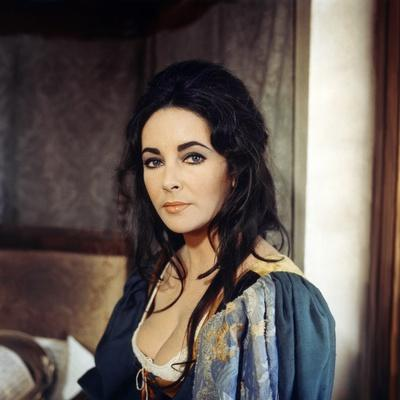 La Megere Apprivoisee THE TAMING OF THE SHREW by FrancoZeffirelli with Elizabeth Taylor, 1967 (phot