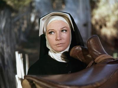 Two Mules for Sister Sara by DonSiegel with Shirley MacLaine, here 1970 (photo)