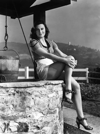 L'actrice francaise Michele Morgan a Hollywood en, 1941 (b/w photo)