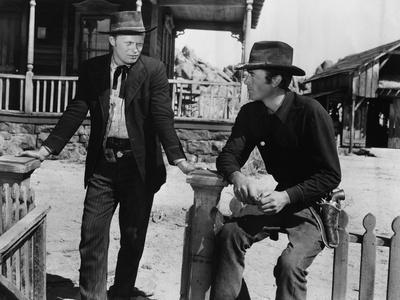 La Ville Abandonnee YELLOW SKY by William Wellman with Richard Widmark and Gregory Peck, 1948 (b/w
