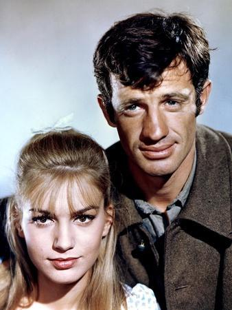 Week end a Zuydcoote by HenriVerneuil with Jean Paul Belmondo and Catherine Spaak, 1964 (photo)