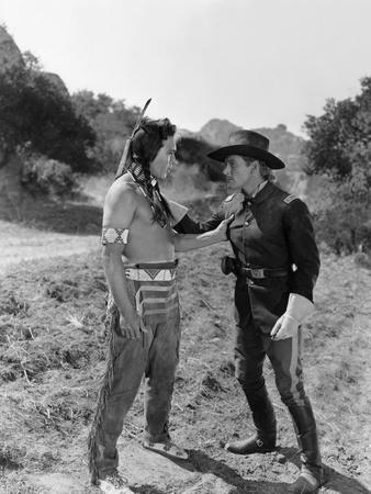 La Charge Fantastique THEY DIED WITH THEIR BOOTS ON by Raoul Walsh with Anthony Quinn and Errol fly