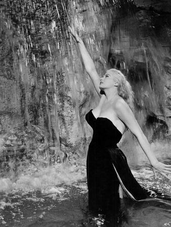 Anita Ekberg in the film 'La Dolce Vita', 1960 (film still)