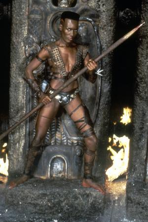 Conan le destructeur CONAN THE DESTROYER by RichardFleischer with Grace Jones, 1984 (photo)