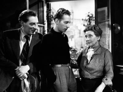 Romance by Paris by JeanBoyer with Jean tissier, Charles Trenet and Sylvie, 1941 (b/w photo)