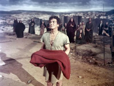 La tunique THE ROBE by HenryKoster with Victor Mature, 1953 (photo)