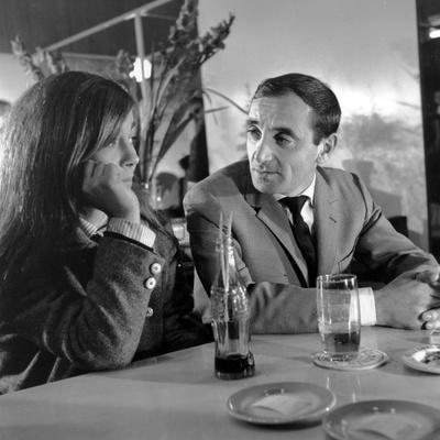 Les vierges by Jean Pierre Mocky with Stefania Sandrelli and Charles Aznavour, 1963 (b/w photo)